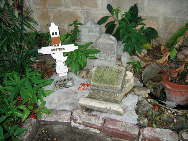 The pet cemetery at the Hemingway House.